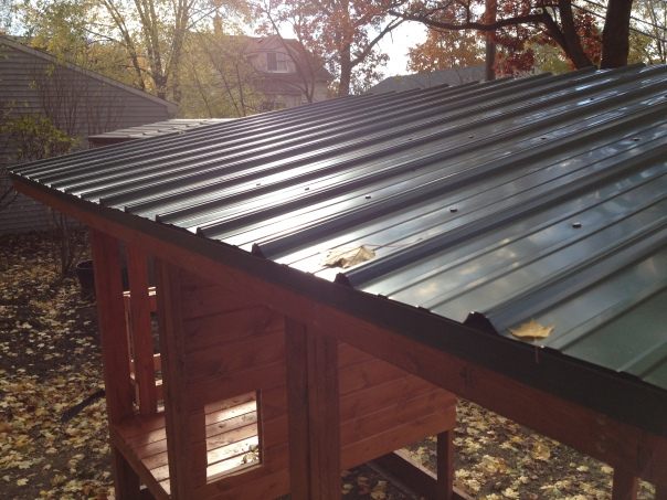 After an afternoon of work, the metal roof is finished.